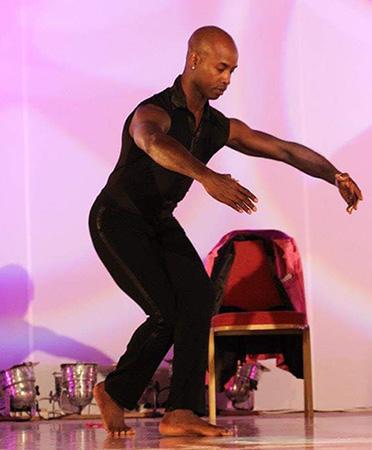 Латино танци с Раул Торес